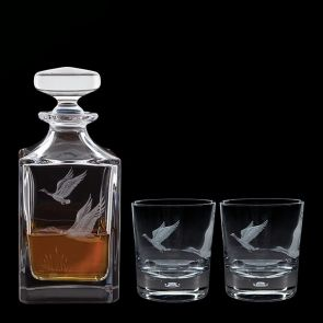 Engraved Game Mallard Decanter & A Pair Of Engraved Mallard Tumblers