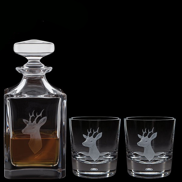 Dartington Engraved Game Roebuck Decanter & A Pair Of Engraved Roebuck Tumblers